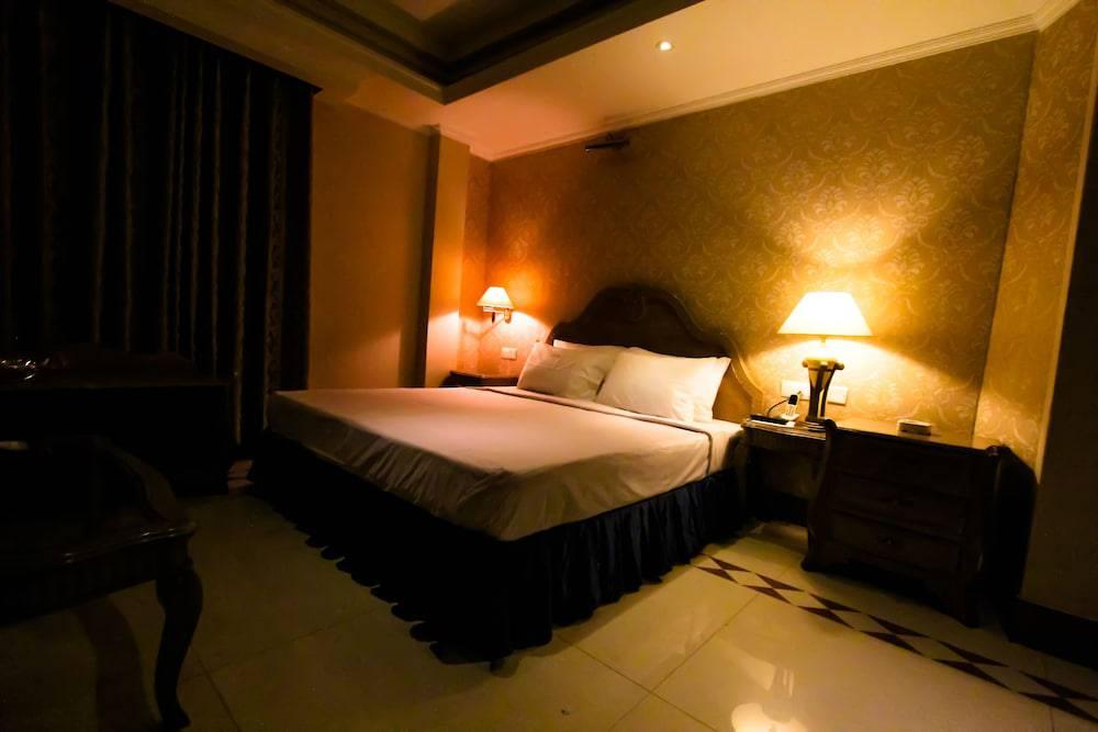 Hotel Sea Shell Ltd.