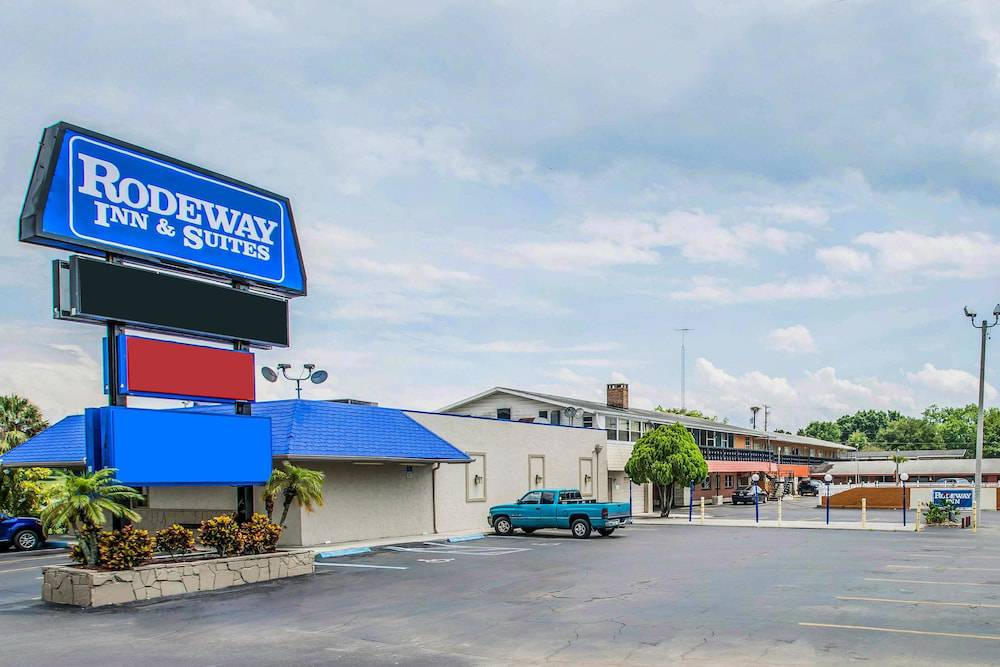 Rodeway Inn & Suites Winter Haven FL